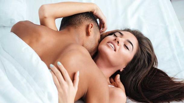 Хороший постельный секс с любовью и чувствами