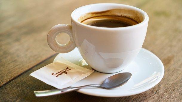 Как утренний кофе поможет снизить потребление сахара