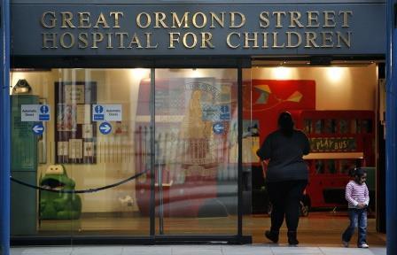 Британские врачи модифицируют органы свиньи для пересадки младенцам