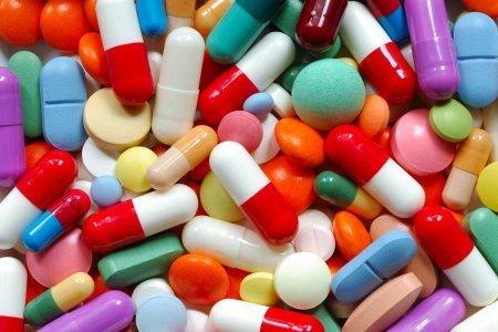 Ученые нашли простой способ, как снизить вред от приема антибиотиков