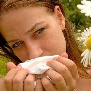 Как правильно лечить аллергию народными средствами