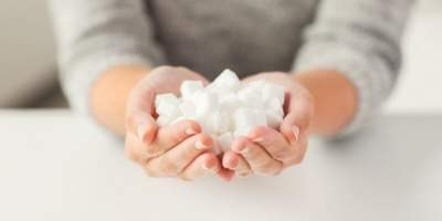 Названы веские причины, чтобы отказаться от сахара