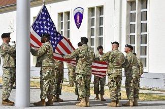 Сколько американская армия тратит на виагру и трансгендеров?
