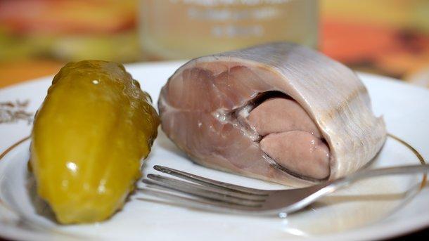 Названы самые опасные продукты питания: они увеличивают вес, повышают давление и грозят раком