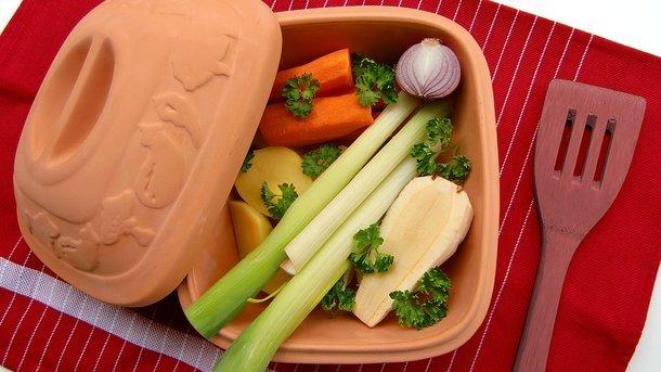 В какой части овощей накапливается больше всего нитратов и почему их нужно выбрасывать