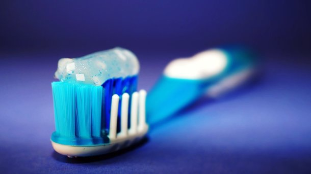 Найден необычный метод, позволяющий навсегда отказаться от зубной пасты