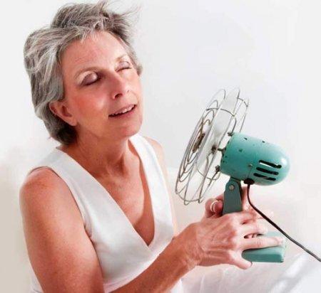 Прием гормонов при менопаузе не повышает риск ранней смерти