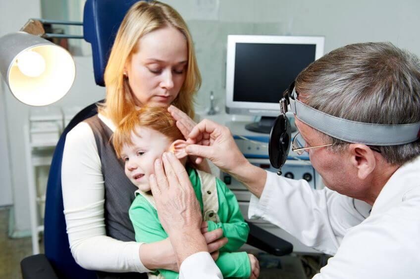 Серная пробка у ребенка – симптомы и лечение, фото и видео