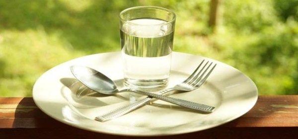 Голодание на воде — научные факты о пользе и вреде для здоровья