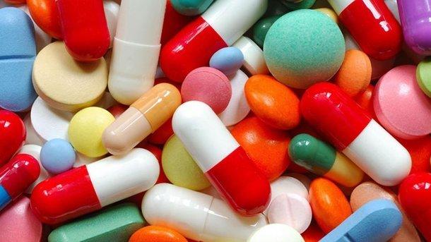 Какие популярные таблетки разрушают печень: медики выяснили