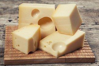 Кусочек сыра каждый день защитит от инфаркта и инсульта