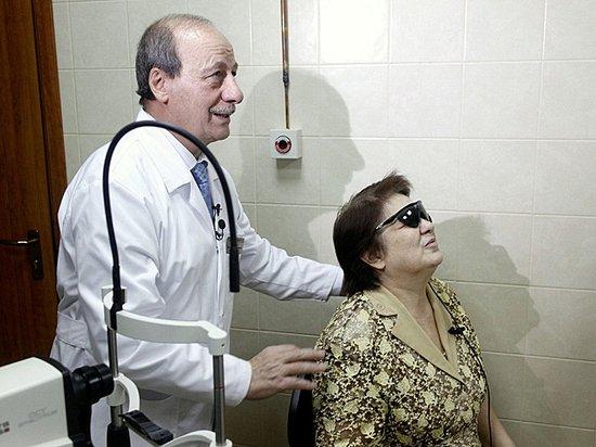 «И слепые прозревают»: что видит россиянин, которому вживили бионический глаз