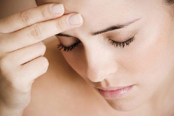 Мигрень с аурой – симптомы и лечение, фото и видео
