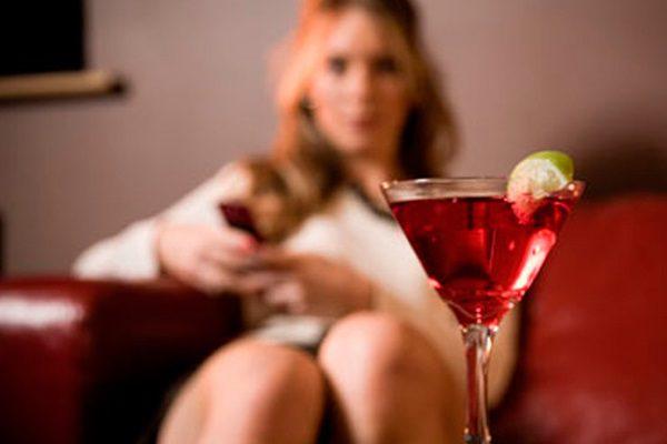 Женский алкоголизм глазами главного нарколога России.