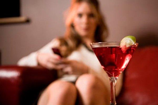 Женский алкоголизм глазами главного нарколога России