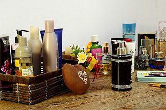 Парабены, фталаты, АНА-кислоты: вызывает ли косметика и парфюмерия рак?