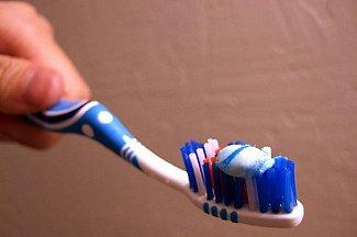 Лаурилсульфат и триклозан: зубная паста вызывает рак?