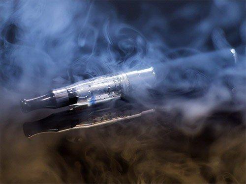Пар электронных сигарет делает легкие безоружными перед вредными воздействиями