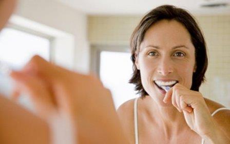 Чистка зубов защищает от болезней сердца