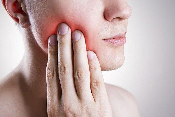 Анестезия при острой боли в зубах в домашних условиях.