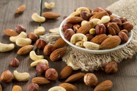 Орехи помогут укрепить сердце и сбросить вес