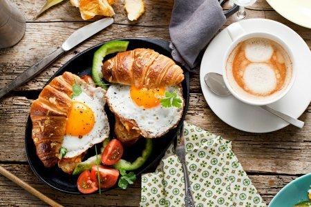 Продукты, которые лучше не есть на завтрак