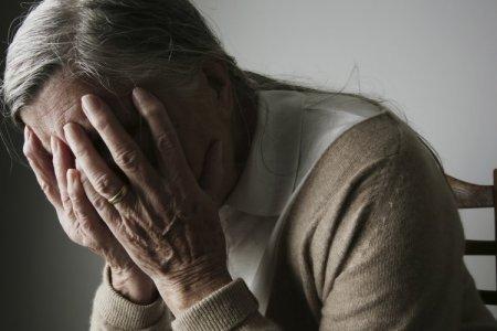 Число людей со старческим слабоумием растет огромными темпами