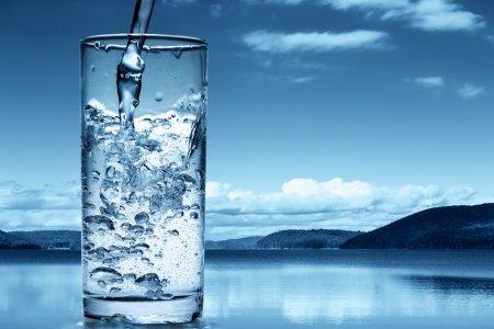Важнейшая жидкость: факты о воде в теле человека