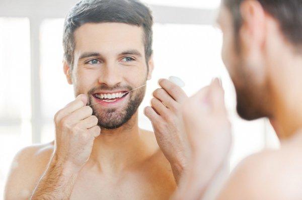 Как избавиться от неприятного запаха изо рта — действенные советы
