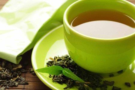 Чай из бутилированной воды полезнее, чем из водопроводной