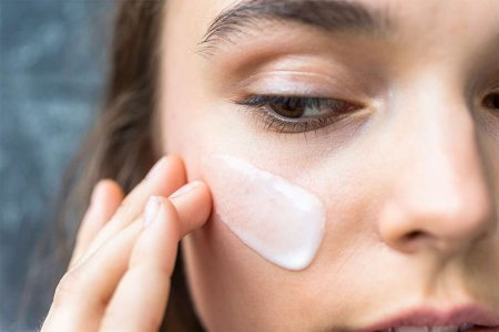 Увлажняющий крем для кожи может снизить риск развития воспалительных процессов