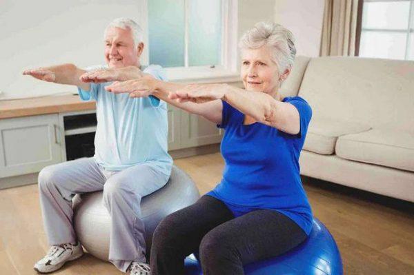 Гимнастика для пожилых людей: правила, виды, эффективность.