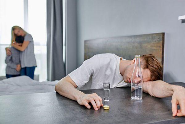 Алкоголизм – вывод из запоя и современные методы борьбы.